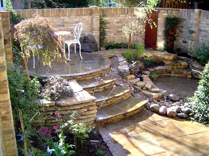 Amazing Garden Interior Design With Longue
